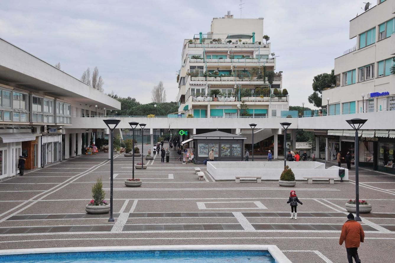 Emejing Centro Commerciale Le Terrazze Images - Amazing Design ...